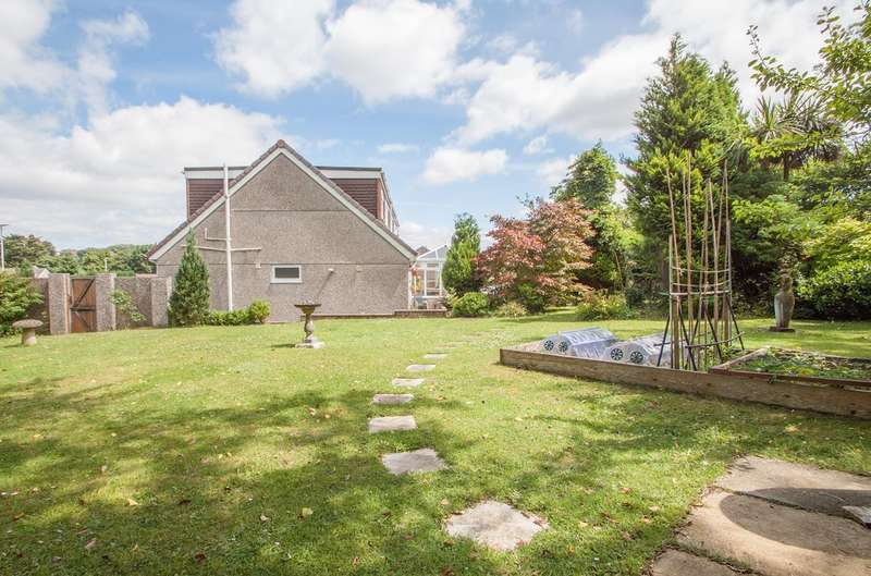 5 Bedrooms Detached House for sale in Glenholt, Plymouth