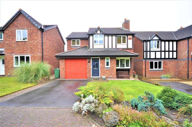 4 Bedrooms Detached House for sale in Clover Drive, Freckleton, Preston, Lancashire, PR4 1TG