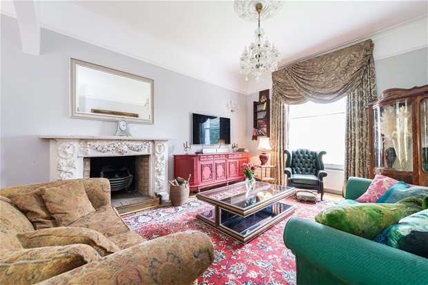 4 Bedrooms Flat for sale in Honor Oak Road, Forest Hill