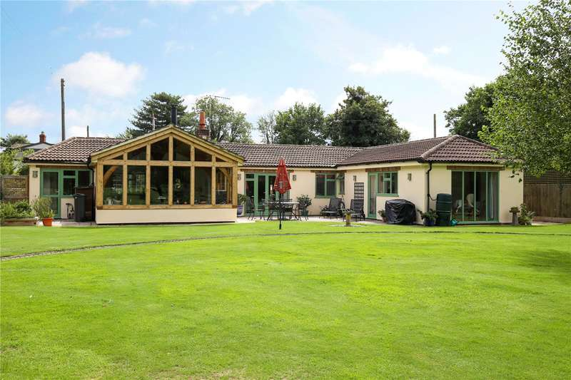 4 Bedrooms Detached Bungalow for sale in Saul, Gloucester, Gloucestershire, GL2
