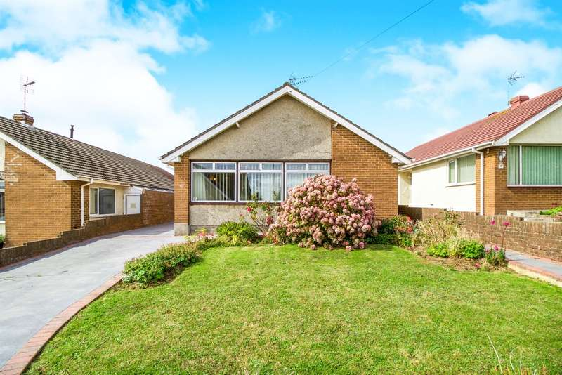 3 Bedrooms Detached Bungalow for sale in Davies Avenue, Nottage, Porthcawl