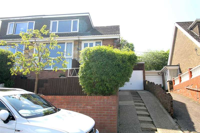 3 Bedrooms Semi Detached House for sale in Hillcrest Drive, Glynfach, Porth
