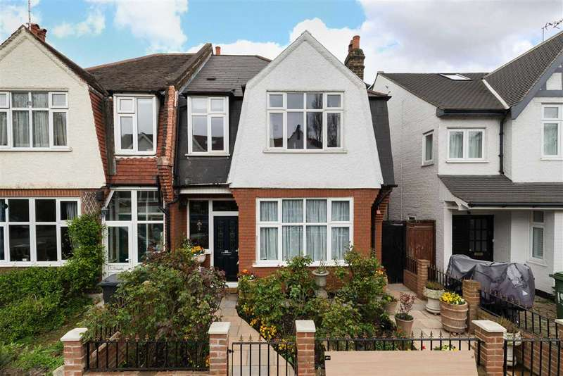 3 Bedrooms Semi Detached House for sale in Cliffview Road, Lewisham