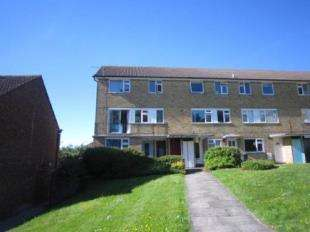 1 Bedroom Flat for sale in Dymchurch House, St. Martins Place, Canterbury, Kent