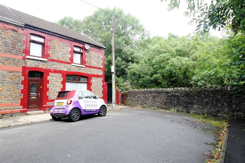 4 Bedrooms End Of Terrace House for sale in Leslie Terrace, Llwyncelyn, Porth