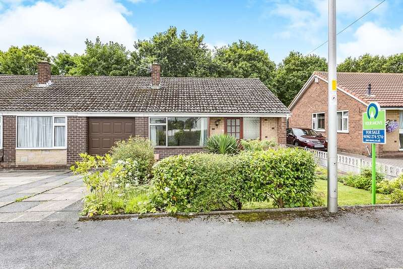 2 Bedrooms Semi Detached Bungalow for sale in Windsor Road, Ashton-In-Makerfield, Wigan, WN4
