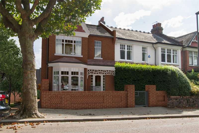 4 Bedrooms End Of Terrace House for sale in Grand Avenue, Muswell Hill, London