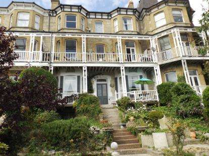 3 Bedrooms Flat for sale in St. Boniface Road, Ventnor, Isle Of Wight