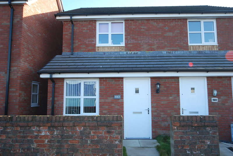 2 Bedrooms Semi Detached House for sale in Holker Street, Barrow-in-Furness, Cumbria, LA14 5RU