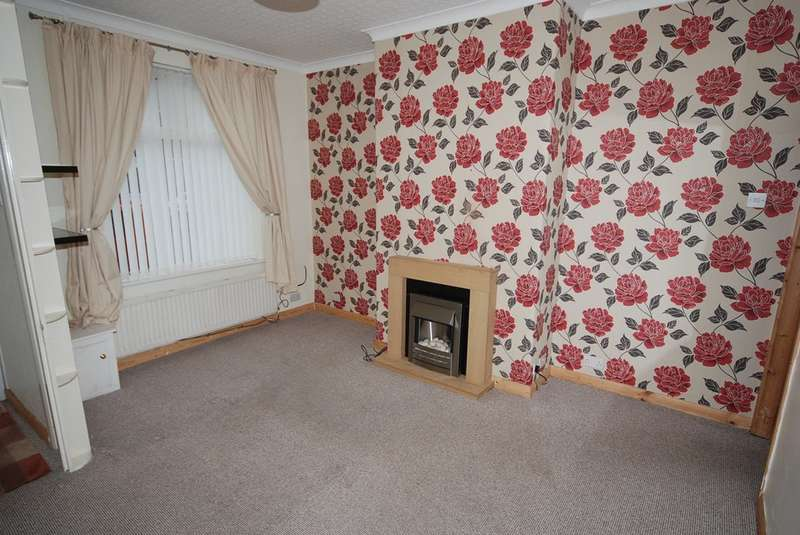 2 Bedrooms Terraced House for sale in Gateshead Street, Barrow-in-Furness, Cumbria, LA13 9TA