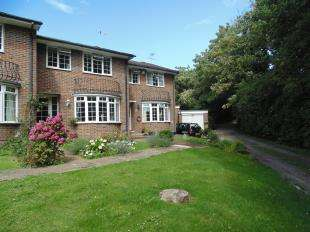 3 Bedrooms Terraced House for sale in The Moorings, Lancing, West Sussex, England