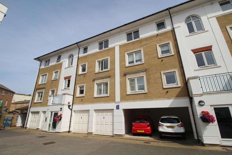 2 Bedrooms Flat for sale in The Strand, Brighton Marina Village, Brighton, BN2 5SL