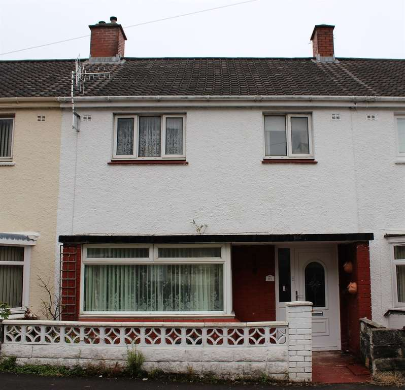 3 Bedrooms Terraced House for sale in Pentremalwed Road, Morriston, Swansea