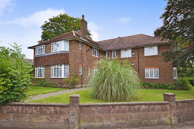 2 Bedrooms Flat for sale in Oakley Court, Maybank Avenue, WEMBLEY, Middlesex