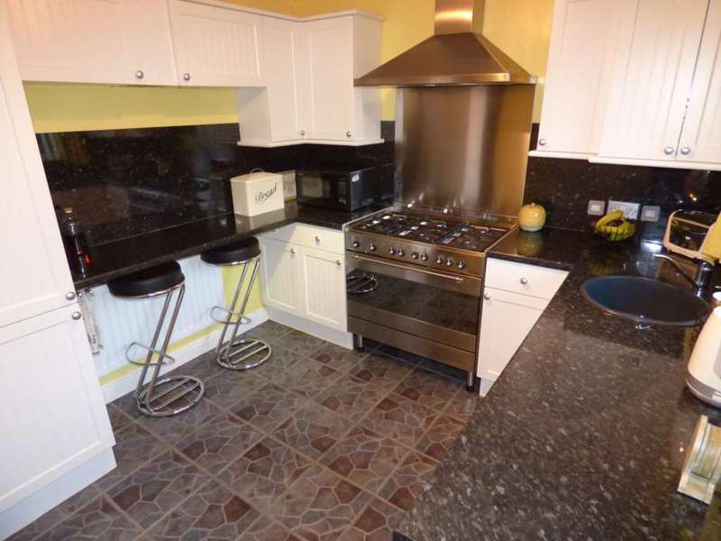 2 Bedrooms Detached House for sale in Holyhead Drive, The Ings