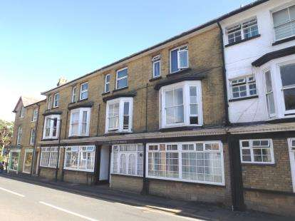1 Bedroom Flat for sale in Grange Rd, Shanklin, Isle Of Wight