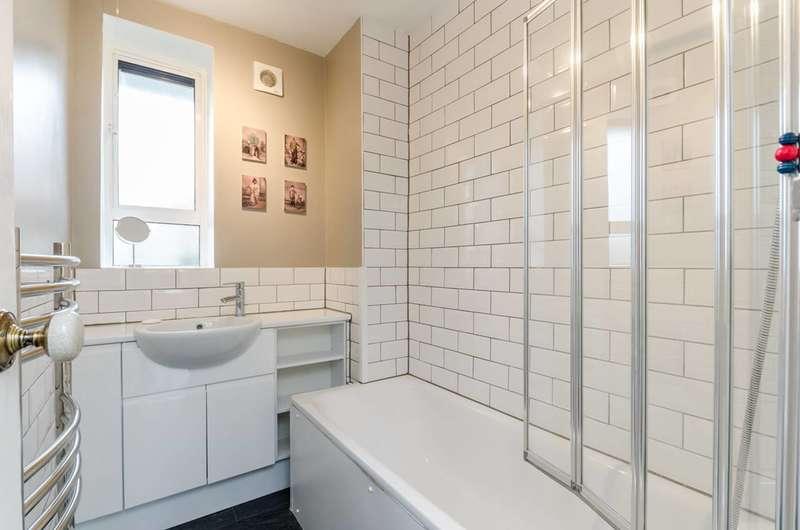 2 Bedrooms Flat for sale in Kingswood Estate, West Dulwich, SE21