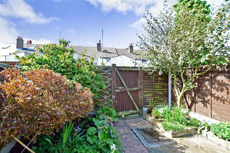 3 Bedrooms Terraced House for sale in Sydenham Street, Whitstable, Kent
