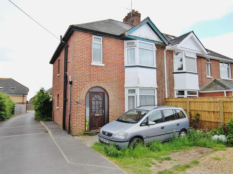 3 Bedrooms Semi Detached House for sale in Dorchester Road, Upton, Poole, BH16
