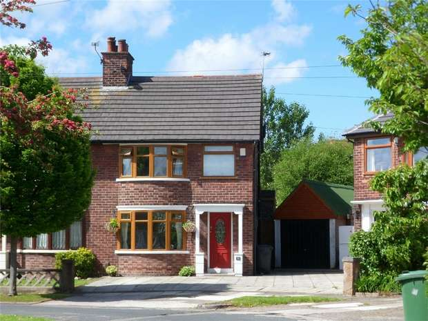 3 Bedrooms Semi Detached House for rent in Rosefield Avenue, Wirral, Merseyside