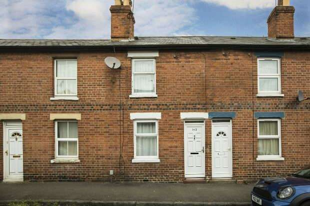 2 Bedrooms Terraced House for sale in Alpine Street, Reading