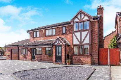 6 Bedrooms Detached House for sale in Whitsundale, Westhoughton, Bolton, Greater Manchester, BL5