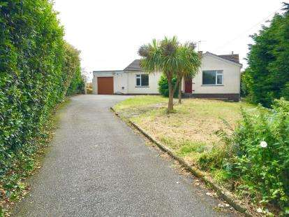 3 Bedrooms Bungalow for sale in Constantine, Falmouth, Cornwall