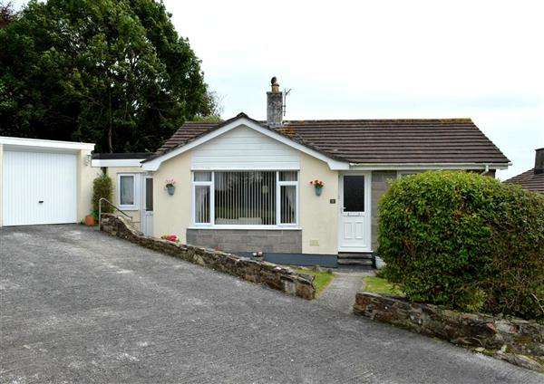 2 Bedrooms Bungalow for sale in Gorran Haven, St. Austell, Cornwall, PL26