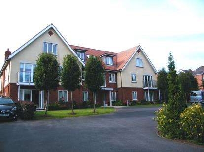 2 Bedrooms Flat for sale in 77 Salterton Road, Exmouth, Devon