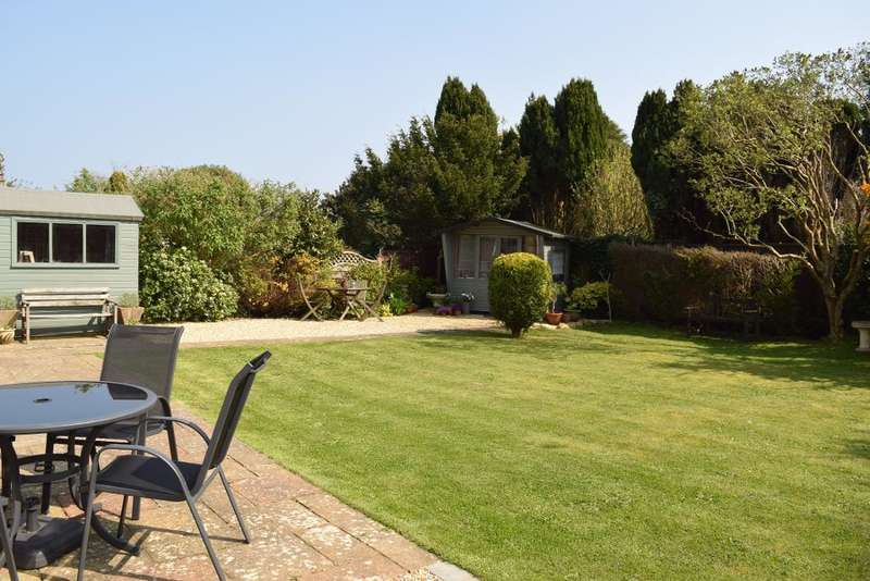 3 Bedrooms Detached Bungalow for sale in Crossway, Bembridge, Isle of Wight, PO35 5RE