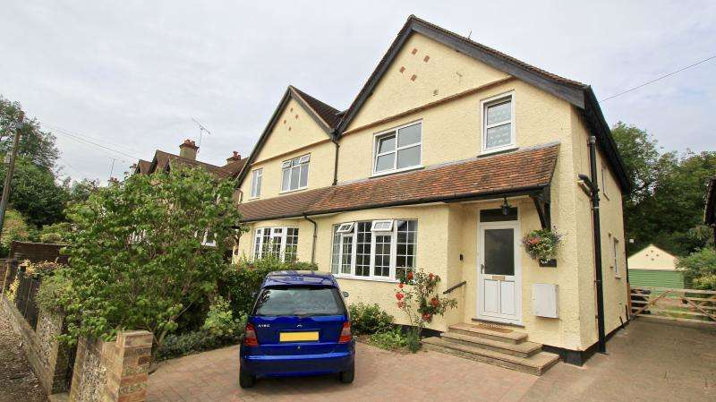 3 Bedrooms Semi Detached House for sale in Twitchell Road, Great Missenden HP16