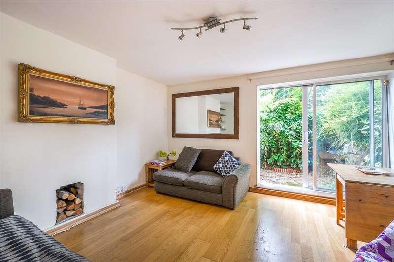 2 Bedrooms Flat for sale in Basire Street, London, N1