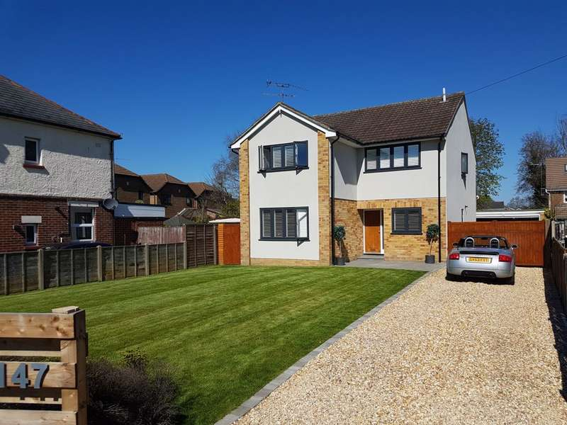 4 Bedrooms House for sale in Sycamore Road, Farnborough, GU14