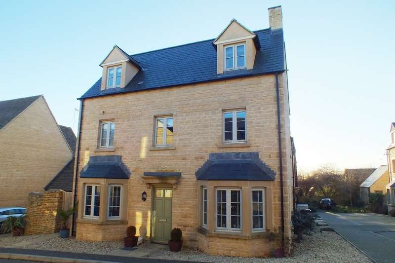 4 Bedrooms Property for sale in Cirencester