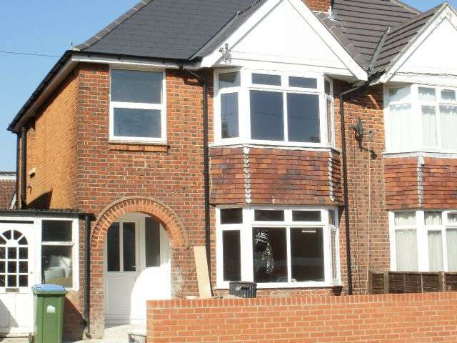 5 Bedrooms Semi Detached House for rent in Portswood Ave, Portswood, Southampton