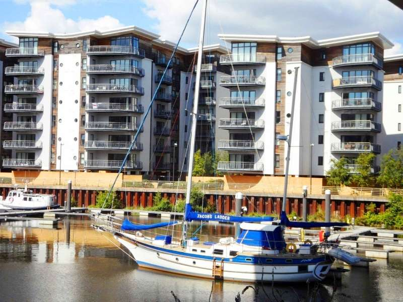 2 Bedrooms Apartment Flat for sale in Watkiss Way, Victoria Wharf, Cardiff