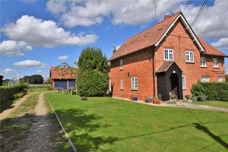 3 Bedrooms Semi Detached House for rent in The Row, Sulhamstead Road, Burghfield, RG30