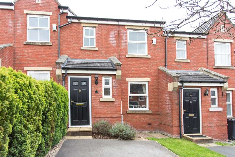 3 Bedrooms Terraced House for sale in Teale Drive, Leeds, West Yorkshire, LS7