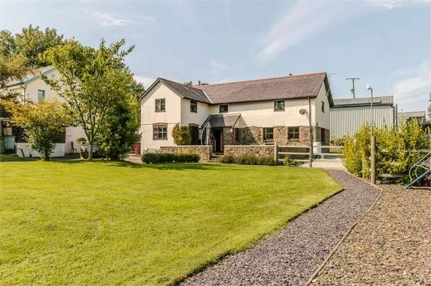 4 Bedrooms Detached House for sale in Buckland Brewer, Bideford, Devon