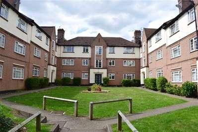 2 Bedrooms Flat for sale in College Road, Harrow Weald