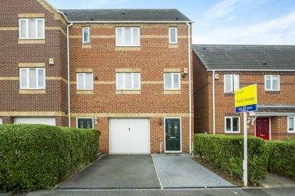 3 Bedrooms Terraced House for sale in Bridge Street, Sandiacre, Nottingham