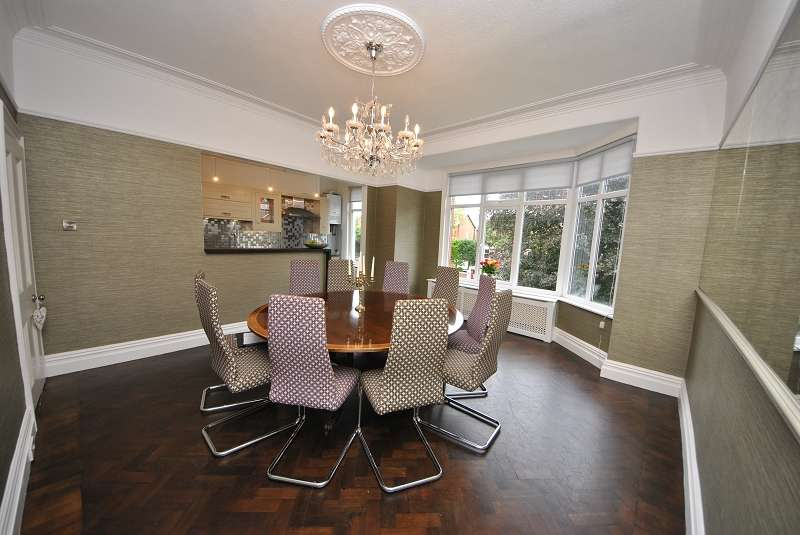 4 Bedrooms Flat for sale in Cambridge Road, Churchtown, Southport. PR9 9RZ