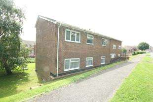 1 Bedroom Flat for sale in Burnside Court, Black Path, Polegate, East Sussex