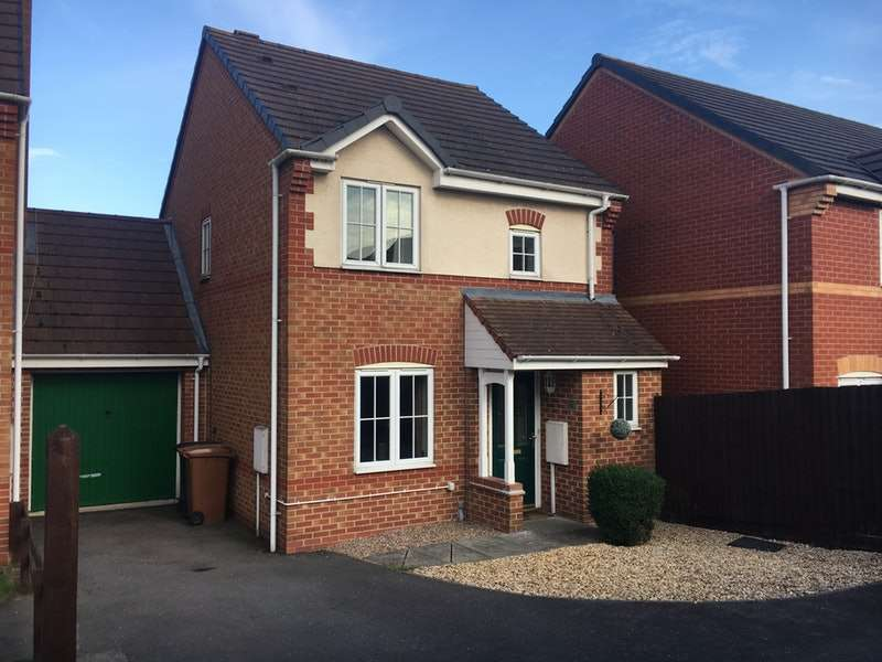 3 Bedrooms Link Detached House for sale in Cavalry Close, Melton Mowbray, Leicestershire, LE13