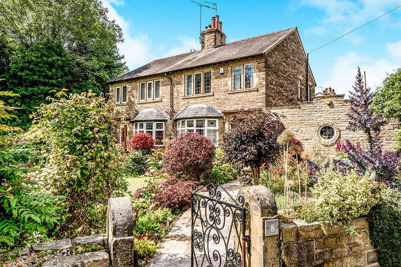 3 Bedrooms Semi Detached House for sale in Woodside Road, Low Moor, Bradford, BD12