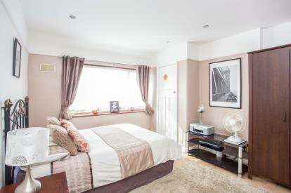 4 Bedrooms End Of Terrace House for sale in Elton Avenue, Greenford, Middlesex, Greater London
