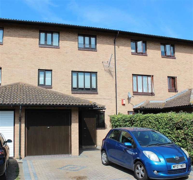 4 Bedrooms Terraced House for sale in Eastgate Close, Thamesmead, London, SE28 8PL