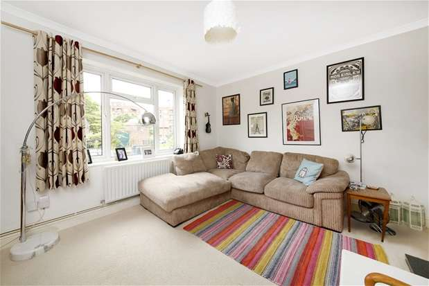3 Bedrooms Terraced House for sale in Dylways, Denmark Hill