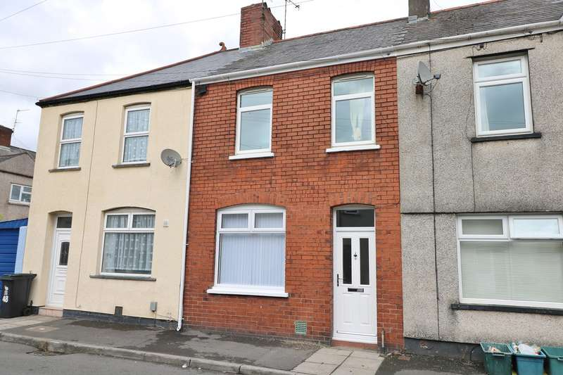 2 Bedrooms Terraced House for sale in Llanvair Road, Newport, NP19