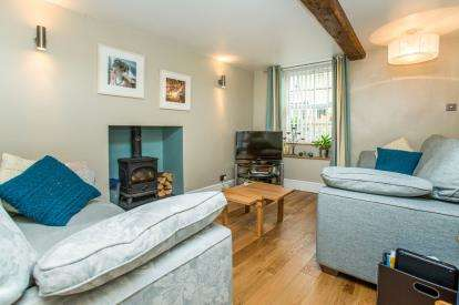 6 Bedrooms Semi Detached House for sale in Windsor Lane, Knaresborough, North Yorkshire, .